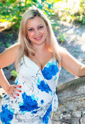 A photo of a hot bride Tatiana from Mykolayiv, 34 yo