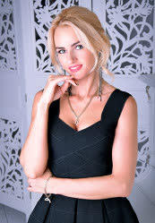 We invite you to browse photo gallery of Valeria from Kharkiv