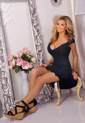We invite you to browse photo gallery of Svetlana from Kharkiv, 34 yo