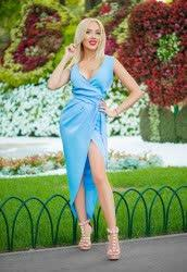 Glorious a photo of Anna from Kharkiv, 34 yo