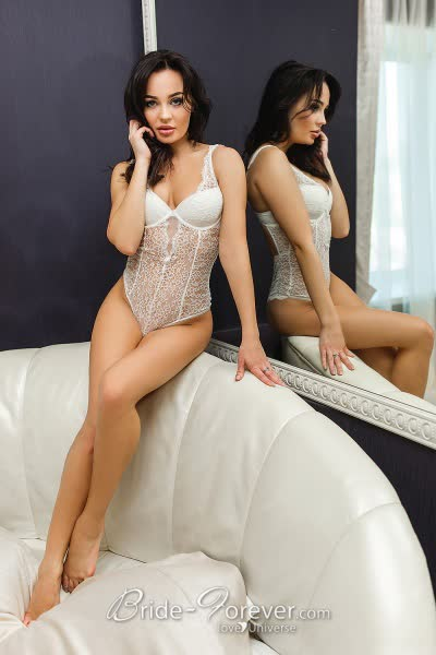 Kharkiv Hot Russian Bride 9