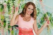 Watch a photo of Yana from Kharkiv, 38 yo